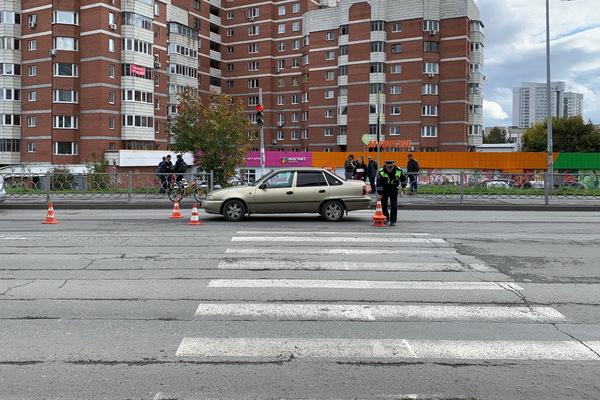 На Готвальда юный велосипедист попал под колеса Daewoo Nexia