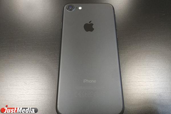 Сегодня в РФ открываются предзаказы на новую линейку iPhone 11