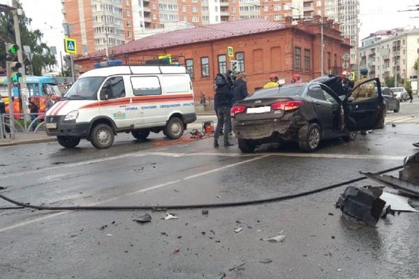 Травмы пассажира Владимира Васильева, утроившего смертельное ДТП на Малышева, признали тяжким вредом здоровью