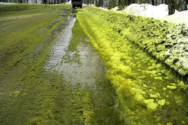 «Русский хром» получил прокурорское предостережение за «зеленый снег»