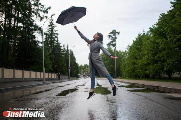 Татьяна Кузьминых, студентка ГУ. «Лично я обожаю пасмурную, чуть прохладную погоду». В Екатеринбурге +20 градусов