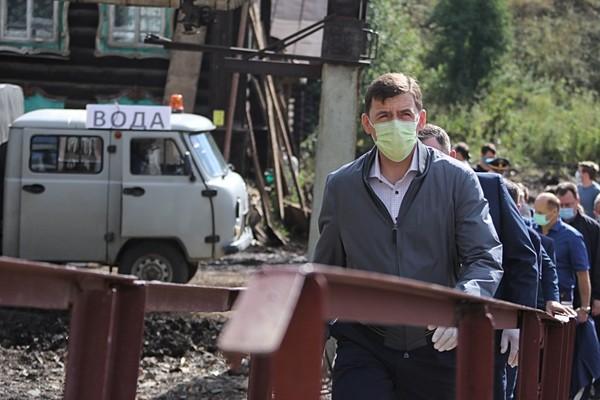 Губернатор проверил, как восстанавливают дороги и мосты в Нижних Сергах