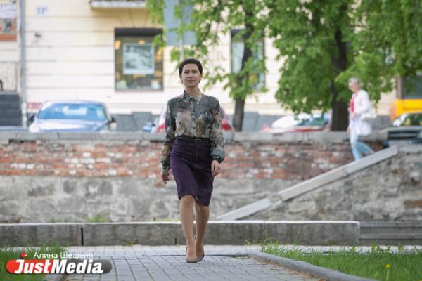 Екатеринбурженка Татьяна Бердникова: «Я очень люблю работать летом. Выходишь вечером, а на улице еще солнце и тепло». В Екатеринбурге +21 и без осадков