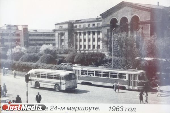 «Зайцы», первые кредитные «Икарусы» и нашествие вандалов. О работе екатеринбургских автобусников в начале 1990-х годов в спецпроекте «Е-транспорт»