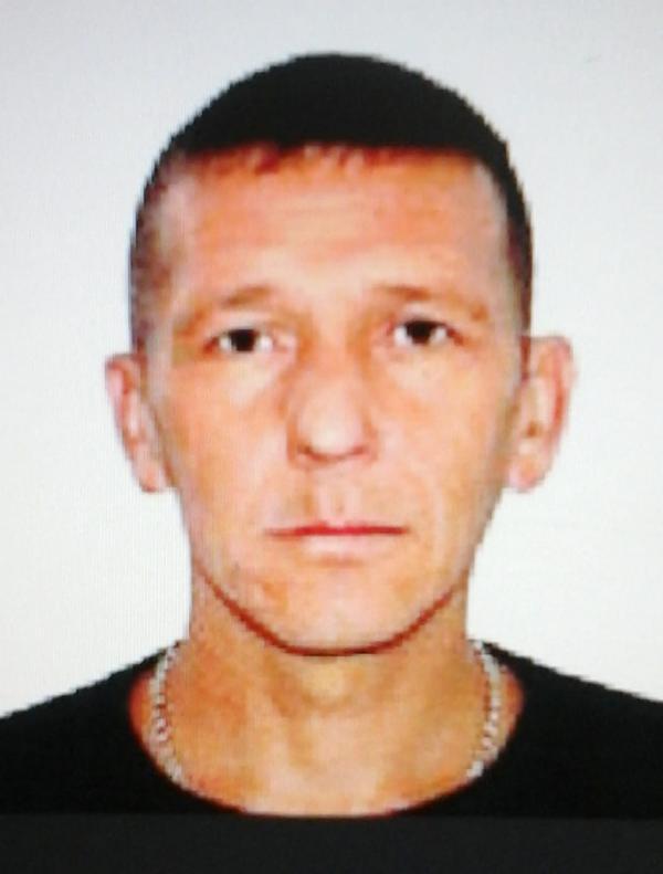 В Свердловской области разыскивают мужчину, который несколько раз выстрелил из ружья в своего соседа
