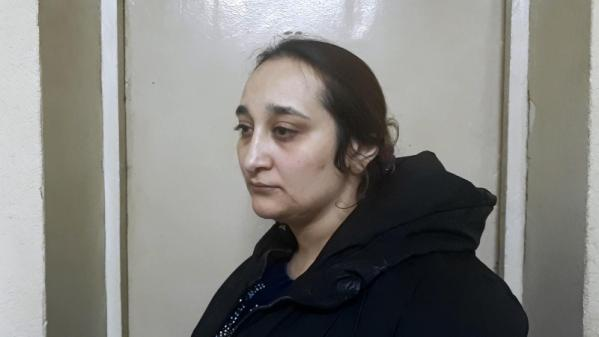 В Екатеринбурге осудили женщину, которая похитила деньги у пенсионера и брызнула ему в лицо перцовым баллончиком