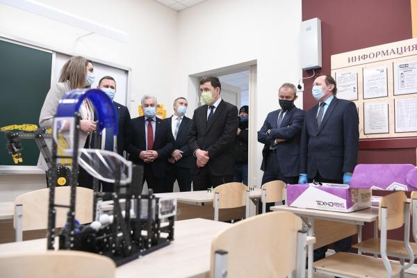 Евгению Куйвашеву показали два новых детских сада в Нижнем Тагиле