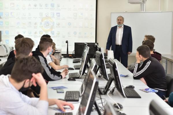 Технический университет УГМК открыл для школьников поселка Баранчинский дорогу в будущее