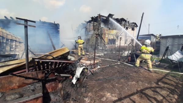 В Екатеринбурге локализован пожар на улице Орловской